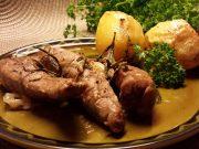 Arni fileto sto fourno me patates – lamb fillet with baked potatoes